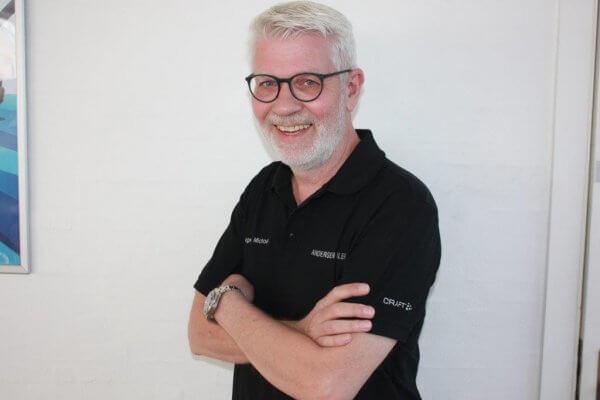 Mogens Michael Hansen svarer på privatlease eller køb