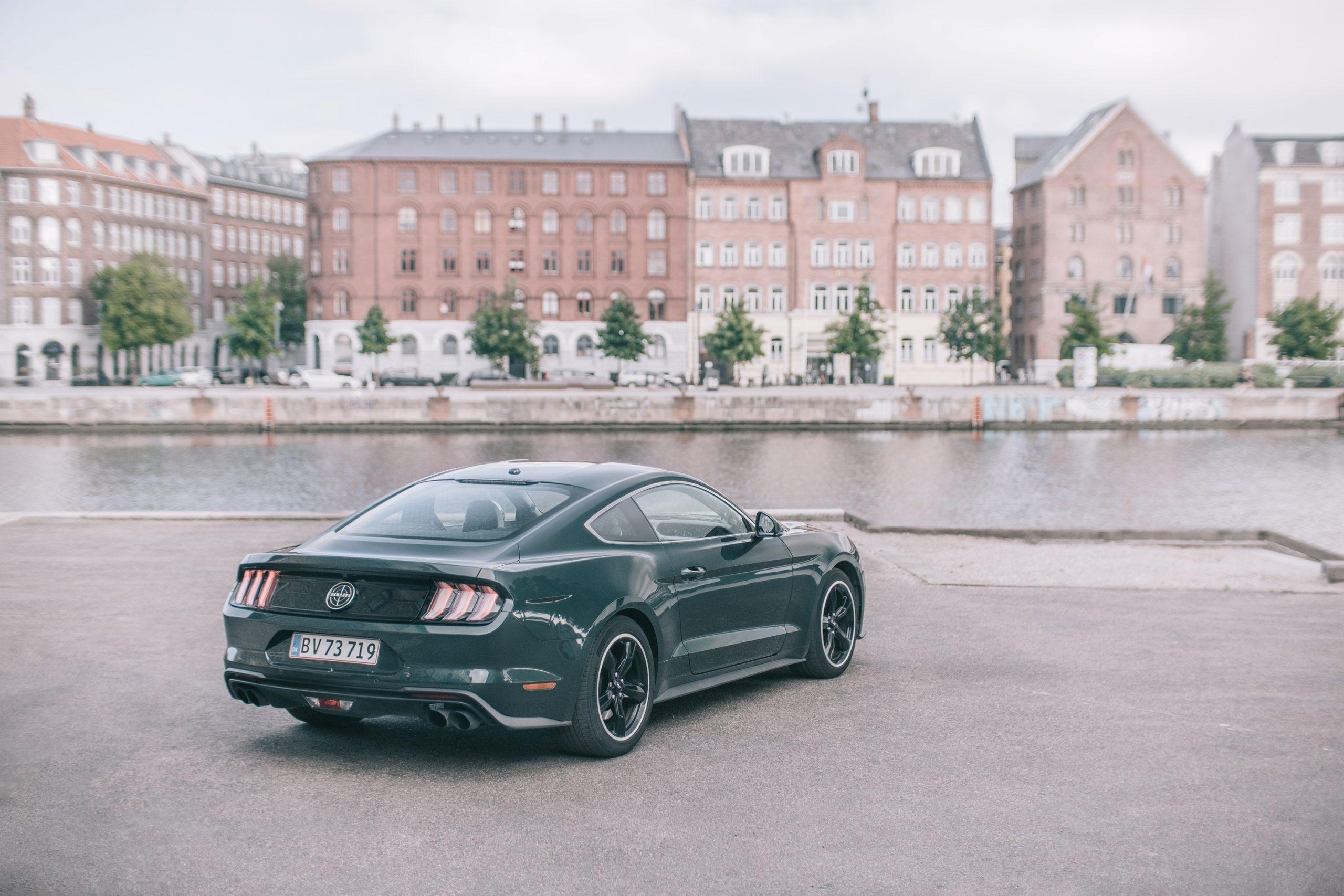 Mustang Bullitts ikoniske design set gennem fotografens linse